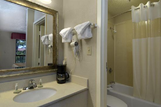 بايمونت إن آند سويتس موبايل / آي - 65: baymont inn & suites 9