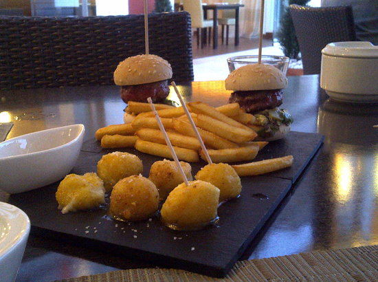 Camp De Mar, Spain: Mini Burgers