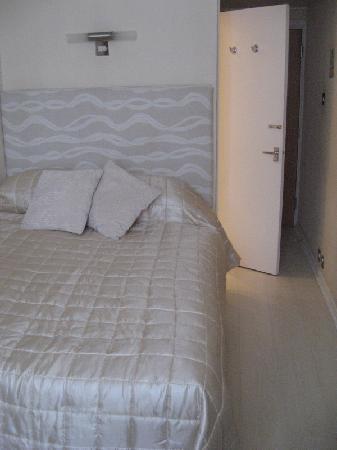 โรงแรมอัมสเตอร์ดัม: Single Room
