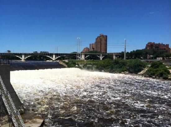 Taste Twin Cities Food Tours: View of the water from the tour!