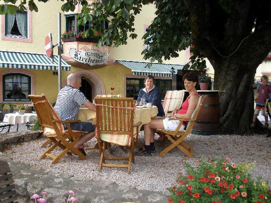 Haus Hislop: Lunch in the local town