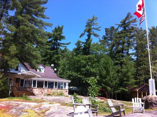 Chaudiere Lodge: lodge - july 2011