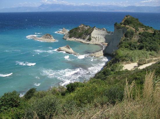 Sensimar Nissaki Beach by Atlantica: Le cap Drastis, superbe
