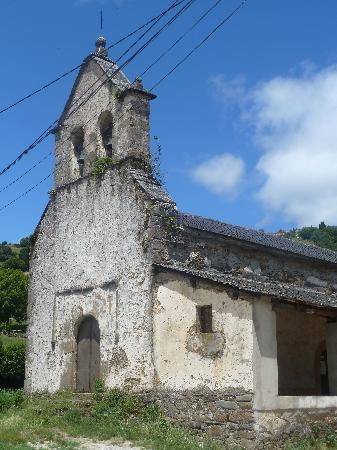 Casa Funsiquin : Iglesia de Gedrez, desde la entrada del restaurante