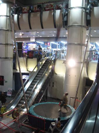 The Pepsi Trocadero : le trampoline