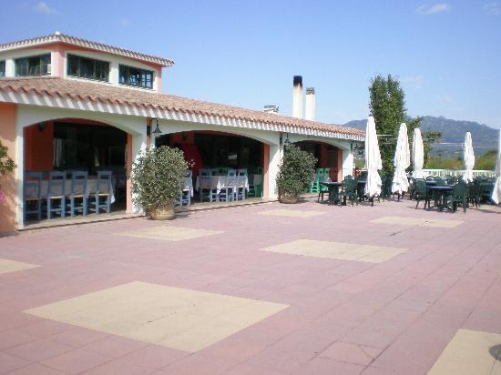 Hotel Ristorante Pizzeria Is Ortixeddus: ristorante esterno