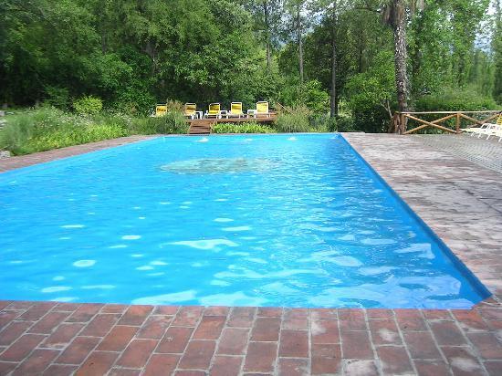Foto de hotel loma bola provincia de c rdoba vista for Imagenes de piletas de natacion