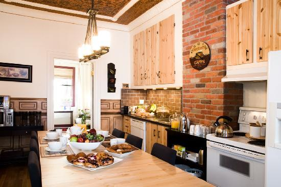 Bed & Breakfast du Village - BBV: dinning room