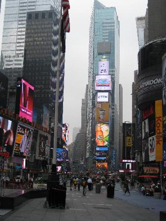 Smart NY Tours - Matthew Kiernan: Times Square