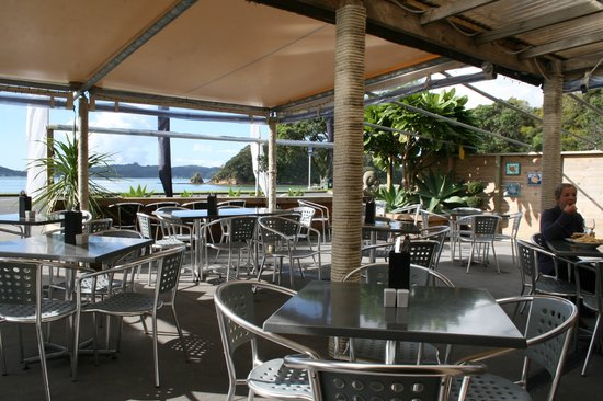 Alfresco's Restaurant and Bar: Waterfront Dinning at its Best!