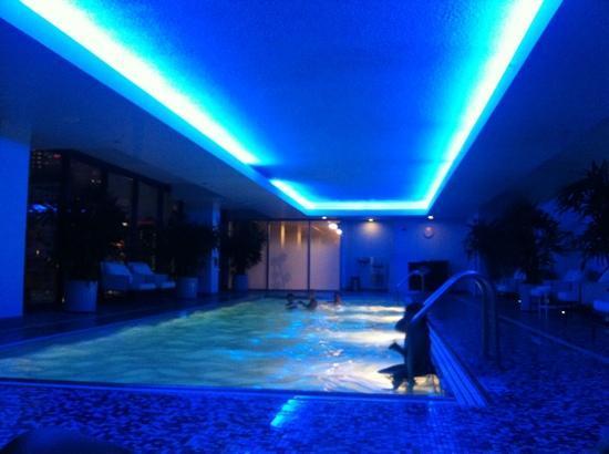 Kimpton Hotel Palomar Chicago Pool At Night