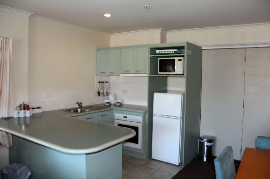 Quest Auckland Serviced Apartments : Kitchen