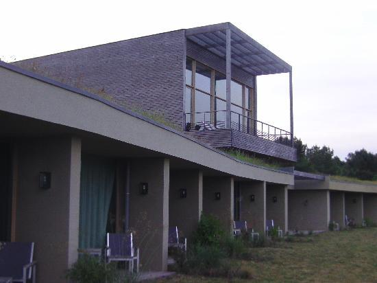 La Gree des Landes: Außenansicht: Zimmer und Pool