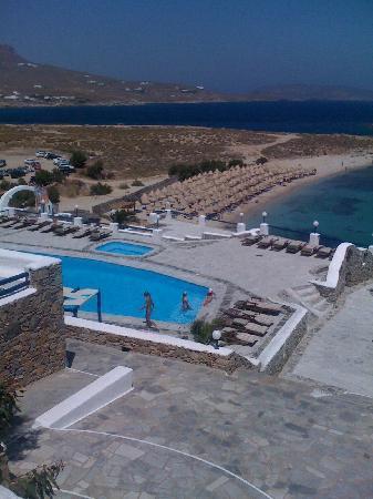 Kalafatis, Grecia: vista sulla spiaggia e piscina