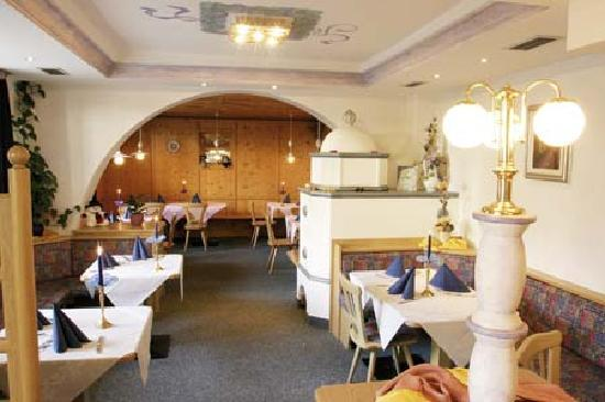 Hotel Bambi: Speisesaal
