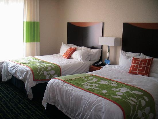 Fairfield Inn & Suites by Marriott Naples : chambre double