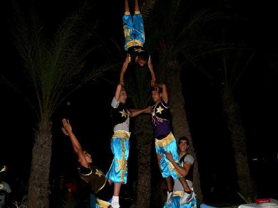 Le Nil Bleu : Acrobates