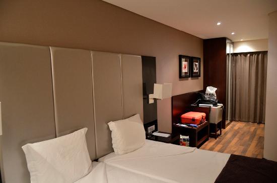 Luxe Hotel by Turim Hoteis: Habitacion