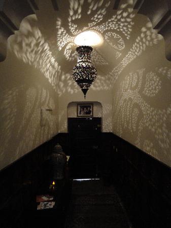 Riad Amin: Eingangsbereich
