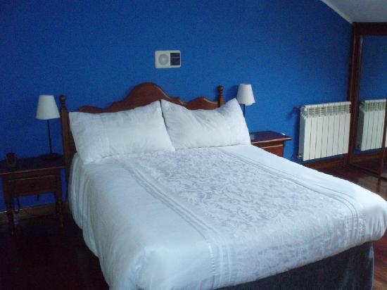 Hotel Cantabrico: cama