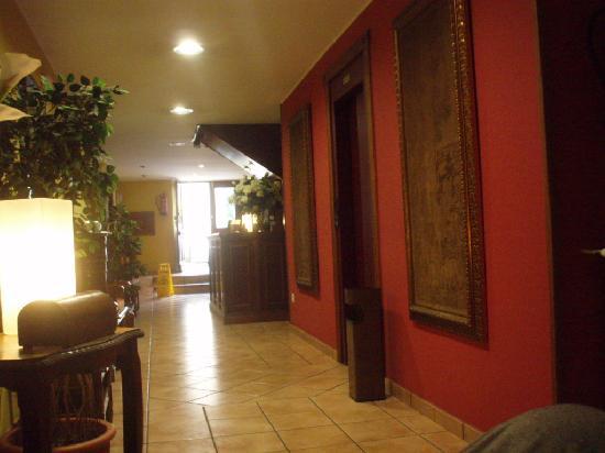 Hotel Cantabrico: ascensor