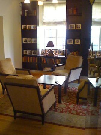 Clarion Collection Hotel Gabelshus: library