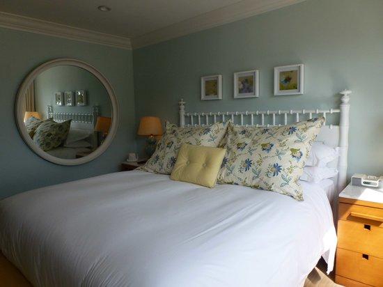 Oceana Beach Club Hotel : chambre