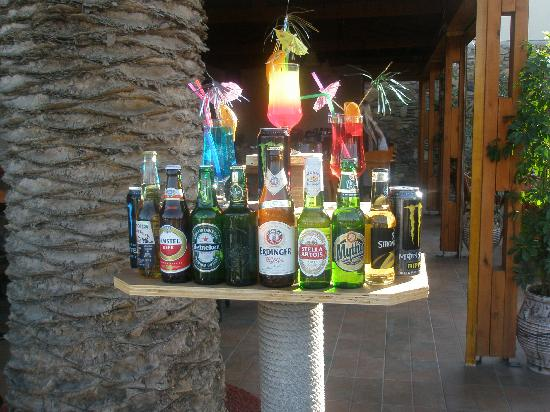 Kalloudis Hotel: Bar display