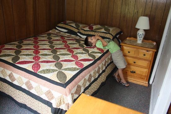 Schulte's Family Lodge: Bedroom #1