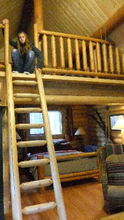 Cathedral Mountain Lodge: The Loft