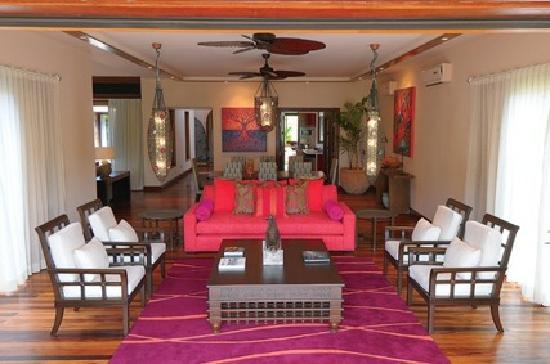 Sankhara Luxury Beach Villa: Salon Villa 2