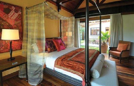 Sankhara Luxury Beach Villa: 1 of the bedrooms at Villa 2