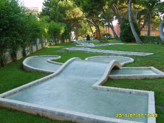 Playa de Palma, สเปน: Le mini golf...