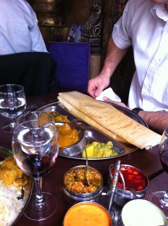 Indian House : Présentation originale, ici légumes en crêpe