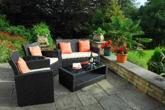 Moorlands Country House: on the patio