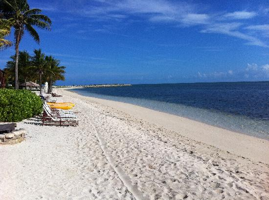 Old Bahama Bay: Resort Beach on North Side and view from the TIki Bar