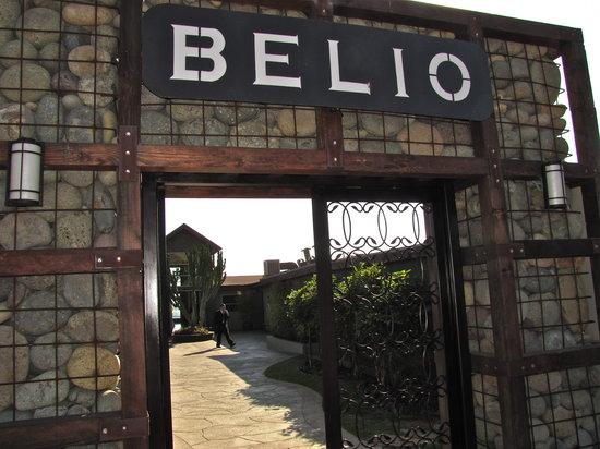 Belio Restaurant: Entry portico