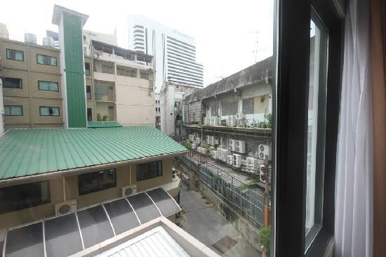 Dynasty Inn Room and Views