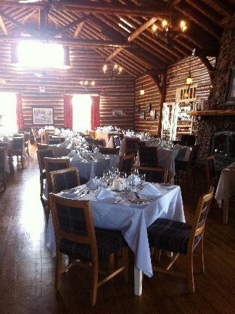 Pictou Lodge Beachfront Resort: dinning room