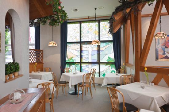 Arvena Kongress Hotel: Restaurant