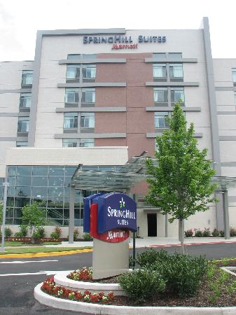 SpringHill Suites Alexandria Old Town/Southwest: The entry.