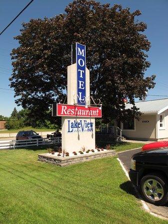 Lakeview Inn: Lakeview Motel & Restaurant