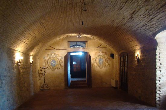 Vernasca, Italy: Sotterranei