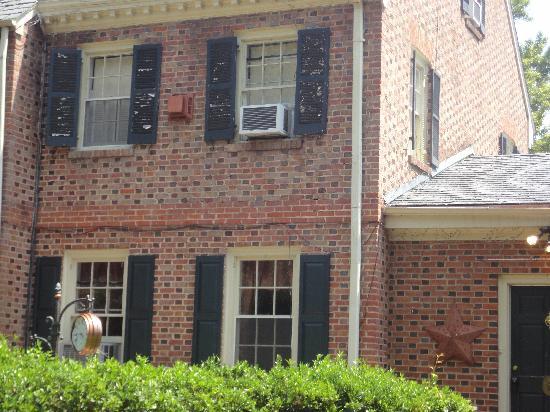 crumbling backside of Magnolia Manor