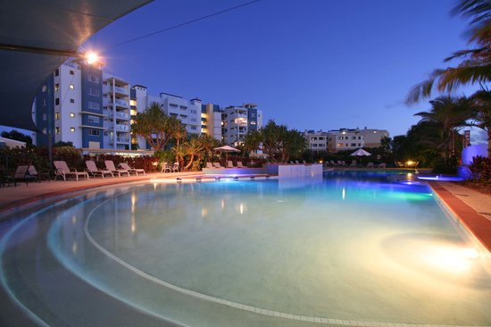 Atlantis Marcoola: Stunning nights by the pool