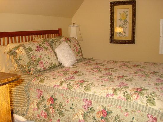 Allison House Inn : The Room