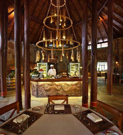 Sarova Mara Game Camp: Sarova Mara Restaurant