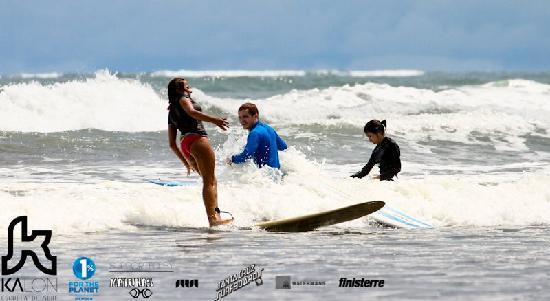 Kalon Surf - Surf Coaching Resort: Therie learning