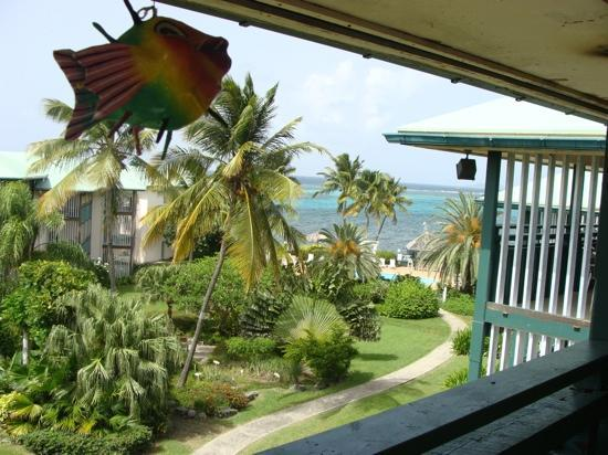 Colony Cove Beach Resort : Balcony view from A303 (Jul2010)