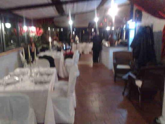Aeolia: parte della sala ristorante